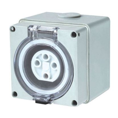 Picture of TRADESAVE Weatherproof Socket, 3 Pin 32A, Round, IP66, Stainless